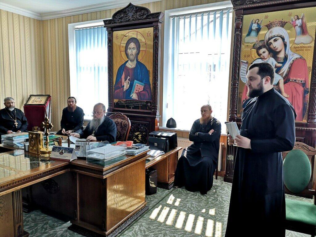 На Волині священики Московського Патріархату обговорили з Нафанаїлом про те, де молитися