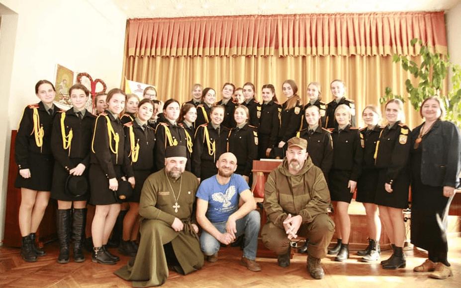 Капелан взяв участь у відкритті виставки сакральних робіт військових