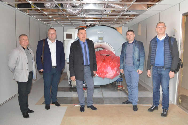 Ковельська лікарня отримала новий потужний томограф. ФОТО