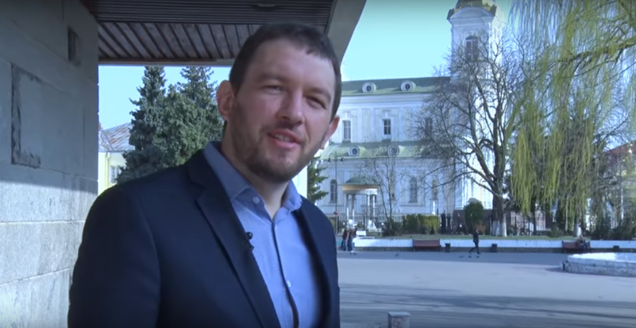 У Луцьку потролили Зеленського: «Призовна комісія має відбутися перед народом України». ВІДЕО