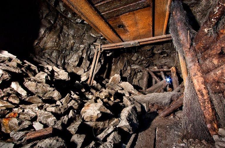 З-під завалів шахти на окупованій Луганщині дістали тіла всіх 17 гірників