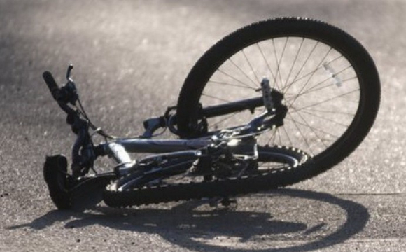 Лучанка на авто збила велосипедиста