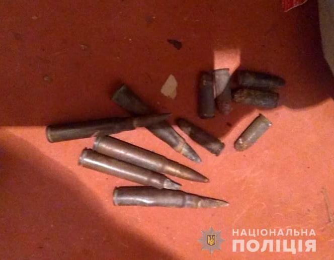 Поліцейські вилучили у ковельчанина боєприпаси. ФОТО