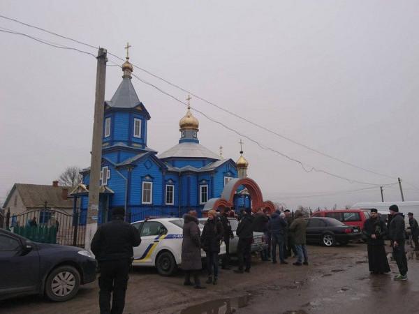 У волинському селі триває церковний конфлікт
