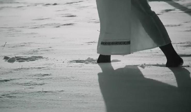 Опублікували відео, під час зйомок якого лучанка відморозила ноги