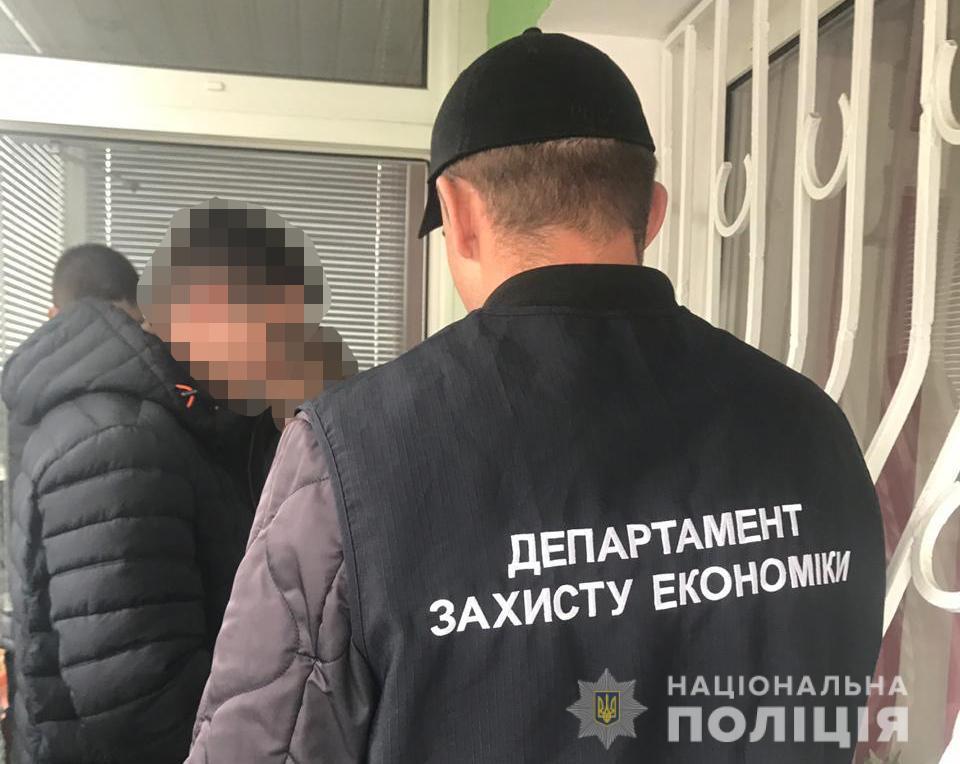 У Луцьку піймали 62-річного адвоката на хабарі. ФОТО