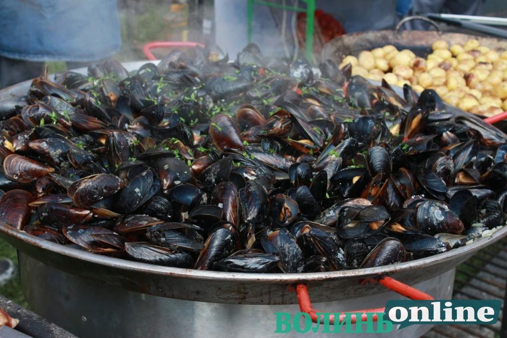 Чим можна поласувати на фестивалі  «Lutsk Food Fest: Гастро-Тур». ФОТОРЕПОРТАЖ