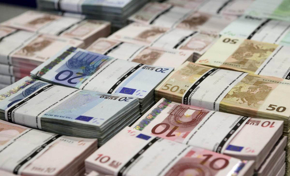 «Приватбанк» на три місяці запустив безкоштовні перекази з Польщі