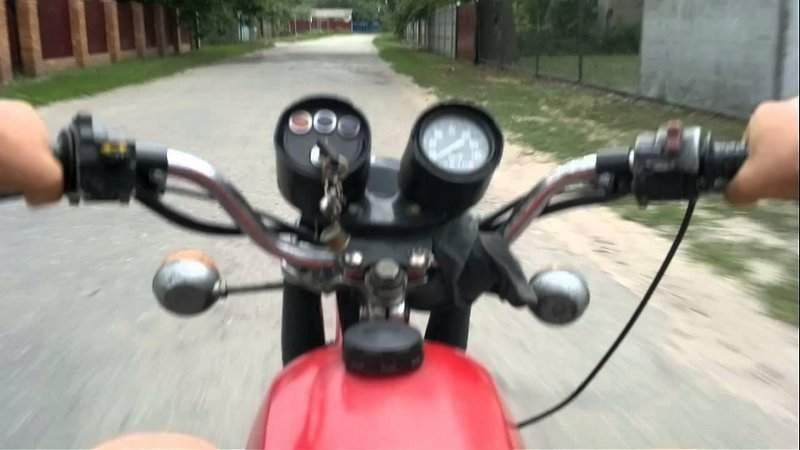 На Волині п'яний мотоцикліст збив двох дівчаток