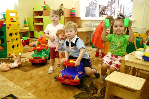 Верховний Суд вирішив, що заборона відвідувати дитсадок без щеплень є законною