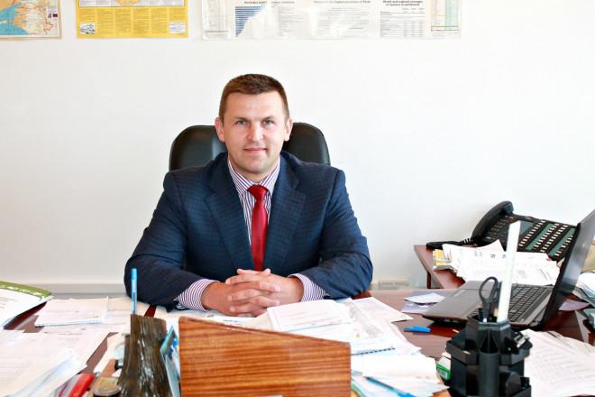 Квартири, 18 га землі у користуванні та частина швейцарської фірми — декларація заступника Савченка