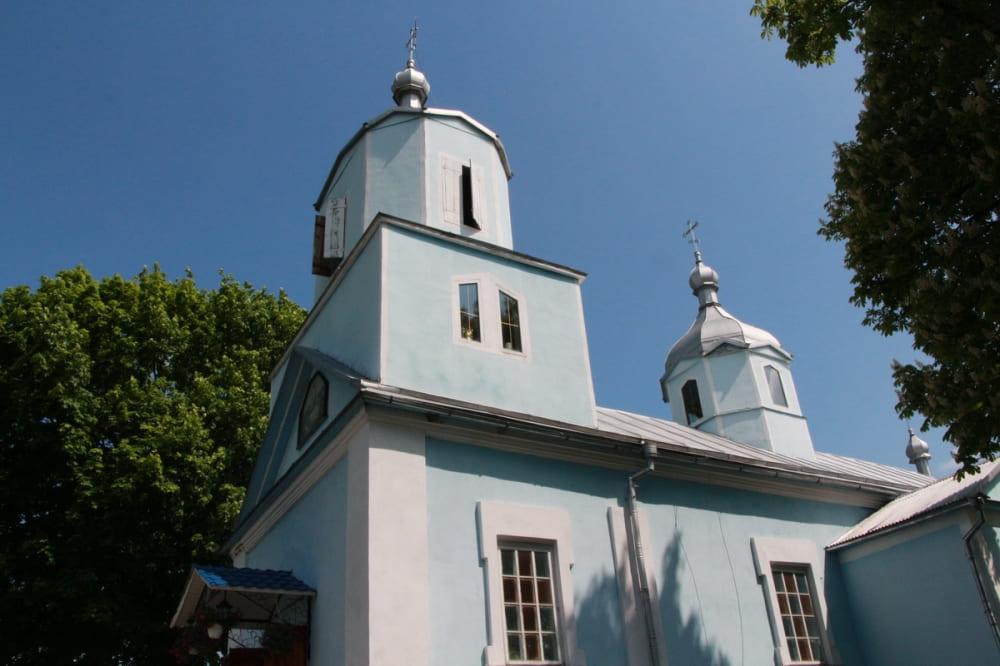 У селі на Волині відбулася перша архієрейська служба українською мовою