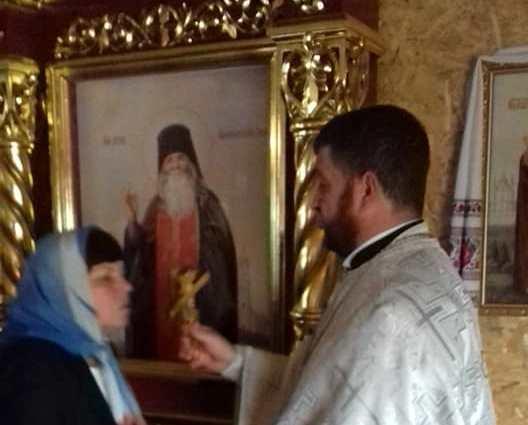У луцький храм привезли святиню з Почаєва
