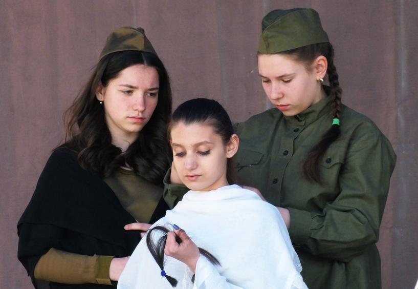 У місті на Волині показали, як жила молодь під час Другої світової війни. ФОТО