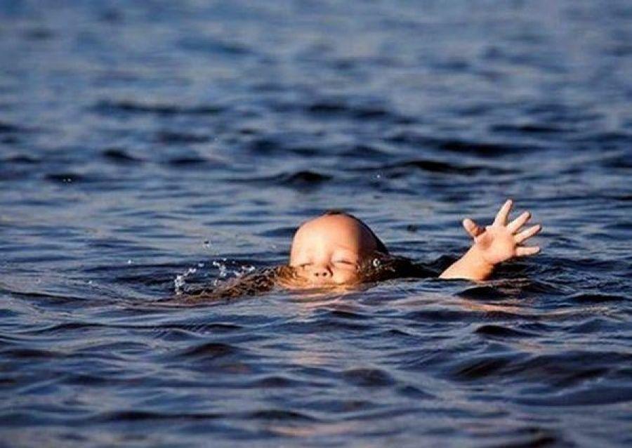 На Волині втопилась півторарічна дитина