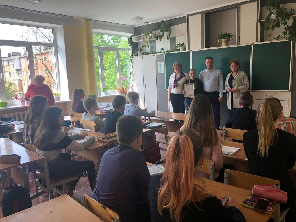Юна волинянка перемогла на Всеукраїнському конкурсі творчих робіт