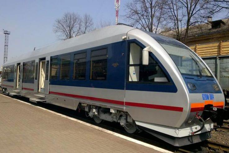 Студенти волинського медколеджу врятували пасажира потяга