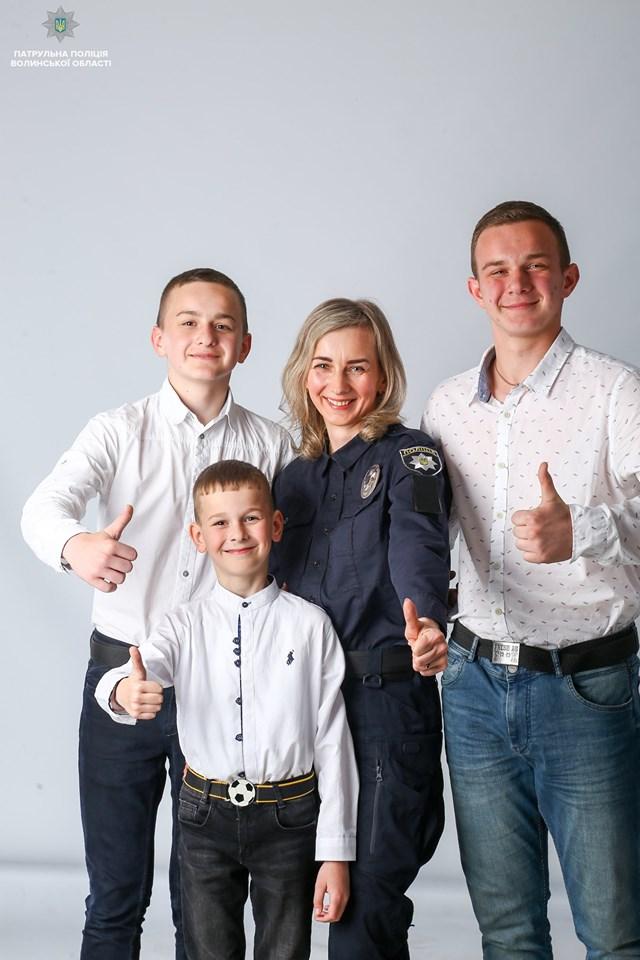 У Луцьку провели унікальну фотосесію до Дня матері. ФОТО