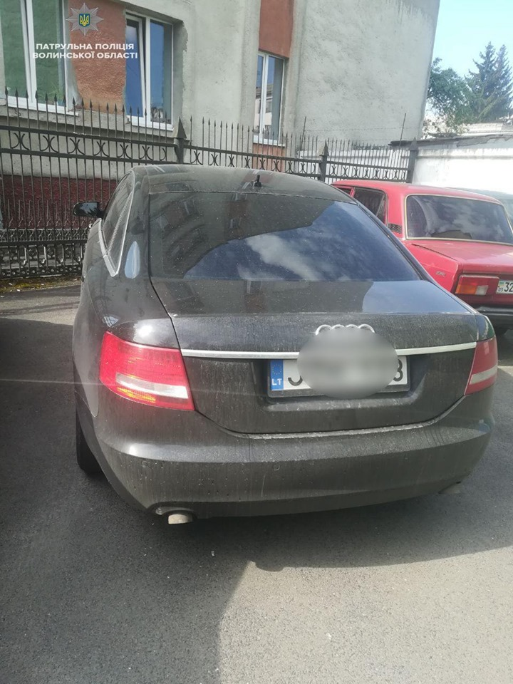 У Луцьку виявили крадене авто та затримали злочинця-втікача. ФОТО