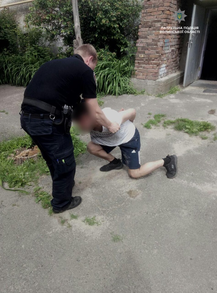 У Луцькій лікарні затримали п'яного чоловіка