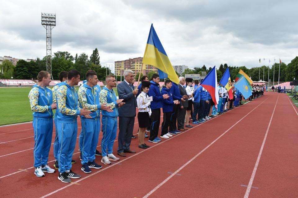 У Луцьку провели змагання присв'ячені пам'яті пожежних-героїв Чорнобиля. ФОТО