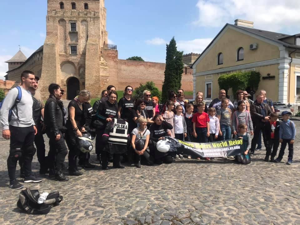 Луцьк відвідали учасники мотоциклетної жіночої естафети. ФОТО