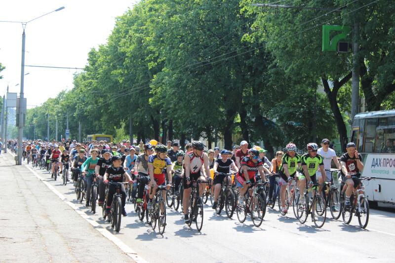 У Луцьку в акції «Велодень-2019» взяли участь більше трьох тисяч учасників. ФОТО