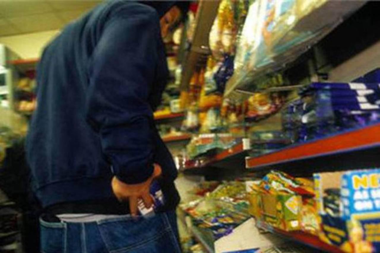 У Луцьку взяли під варту 18-річного продуктового злодія
