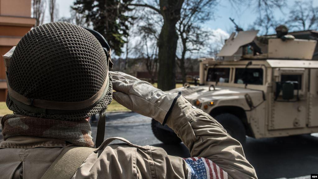 Через Чехію до Румунії й Угорщини прямує конвой армії США