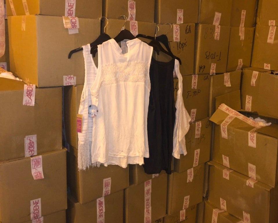 Через «Ягодин» намагались перевезти  «зайві» жіночі блузки