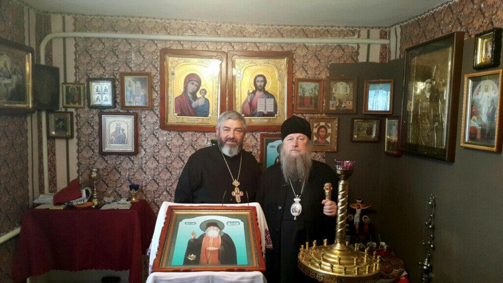 Прихильники Московського Патріархату у Луцькому районі моляться у хаті