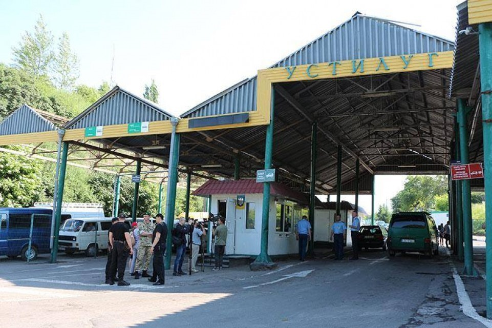 Волинян попереджають про ускладнений рух через «Устилуг»