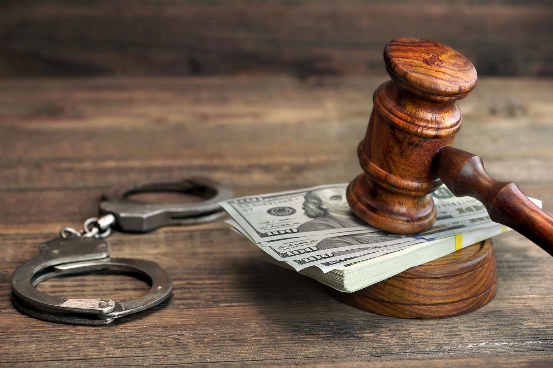 За приховування доходу на Волині оштрафували поліцейського
