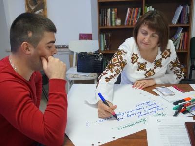 Волинські громади навчали секретам правильної організації перших контактів з партнером