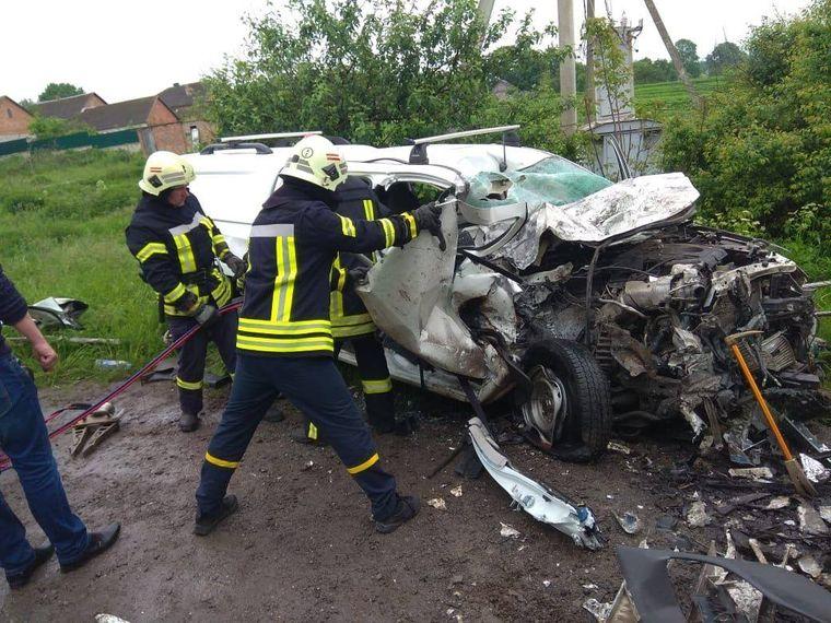 Бригада «Укренерго» потрапила у ДТП на Тернопільщині: четверо загиблих