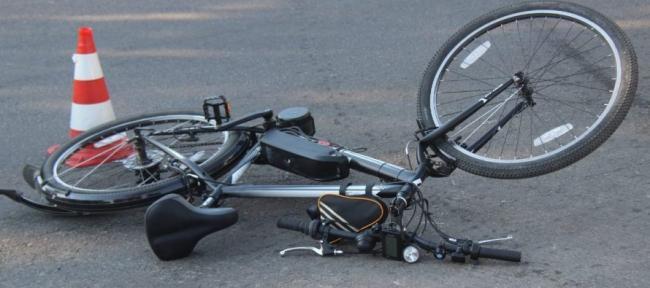 На Волині легковик збив велосипедиста