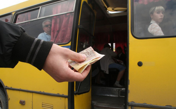 Завтра у Луцьку планують підняти вартість проїзду у маршрутках