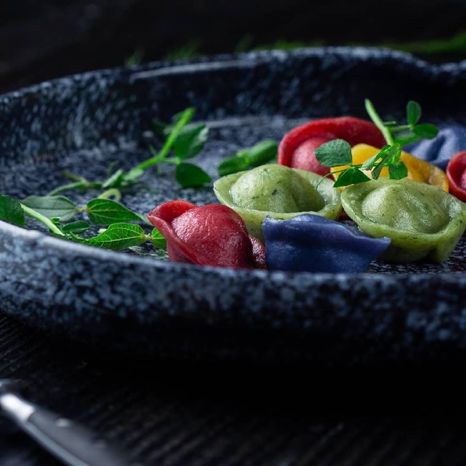 Кольорові пельмені, восьминоги та фруктові чіпси – що готує «Lutsk Food Fest» на відкриття ювілейного сезону