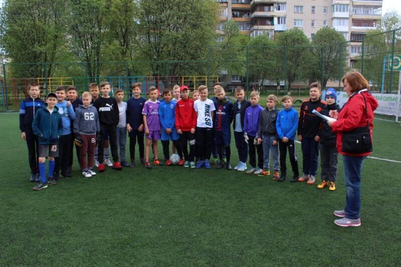 У Луцьку розпочалися змагання з футболу серед дітей з різних мікрорайонів міста