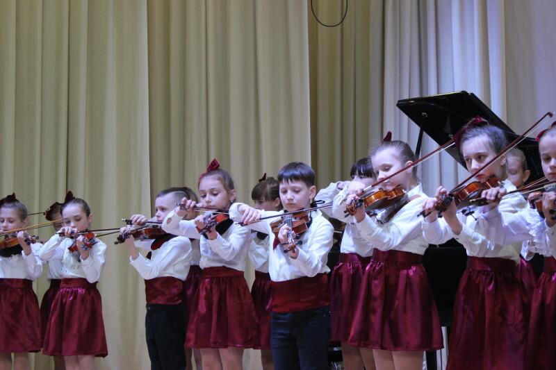 Луцька музична школа відзначила свій вісімдесятилітній ювілей. ФОТО