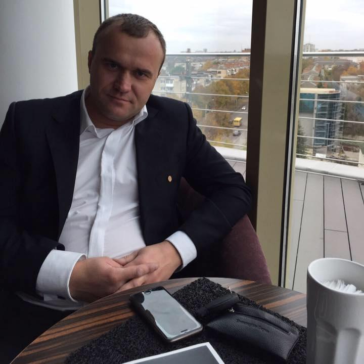 Депутат Луцькради складає повноваження
