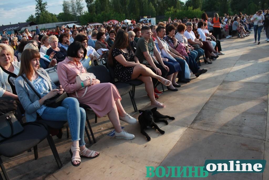 «Вовчиці» на концерті Олега Винника у Луцьку. ФОТОРЕПОРТАЖ
