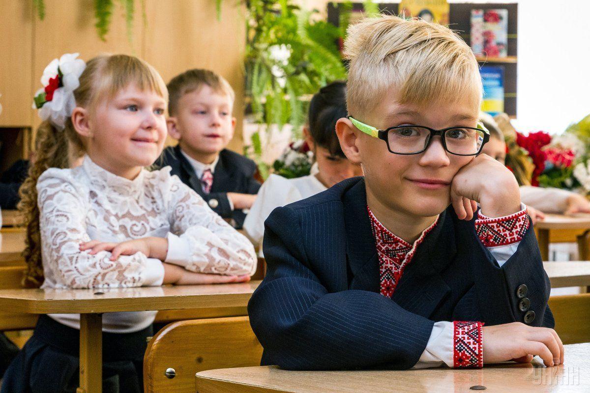 Школи Луцька на новий навчальний рік наберуть понад три тисячі першокласників