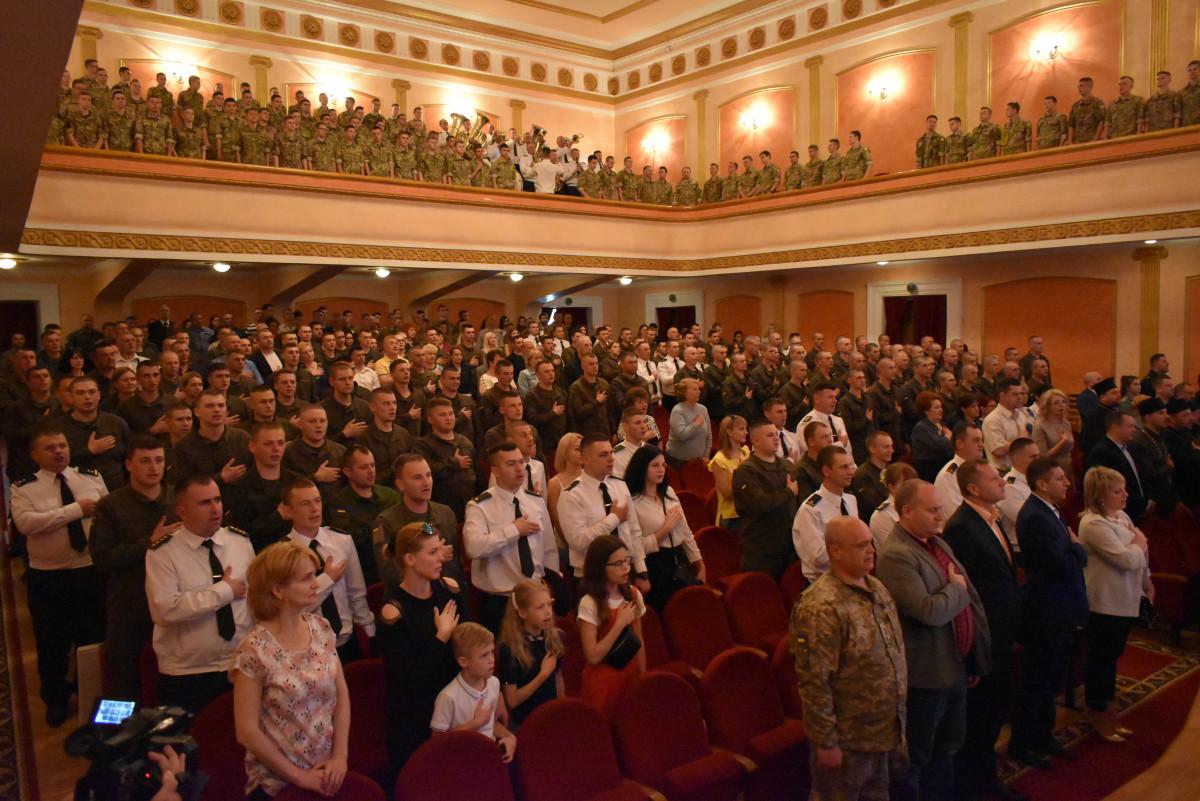 У Луцьку військова частина Нацгвардії України відзначила 25-ту річницю. ФОТО