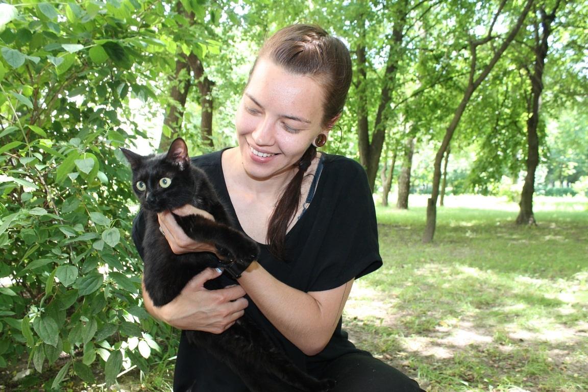 У Луцьку врятували кота, який п'ять днів просидів на дереві. ФОТО. ВІДЕО