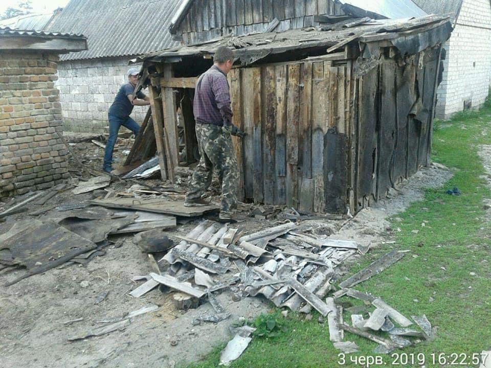 У Луцьку продовжують демонтаж незаконних споруд