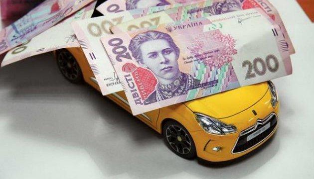 Скільки лучан та мешканців Луцького району має податковий борг з транспортного податку