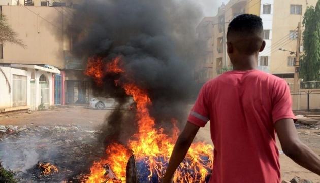 У Судані з річки Ніл виловили 40 тіл загиблих протестувальників