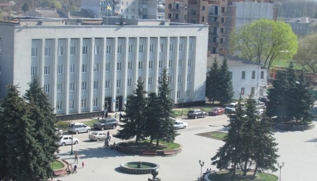 У Бердичеві місцевий підприємець підпалив себе на сесії міськради