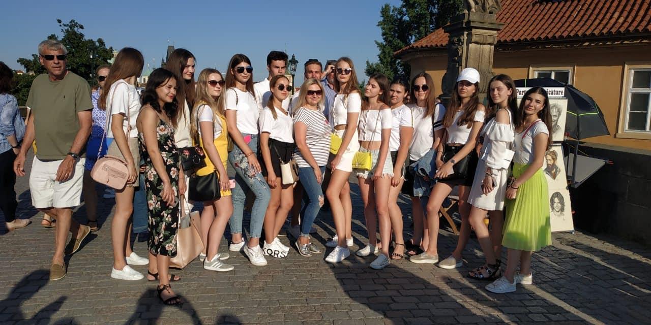 Випускники луцької гімназії здійснили неймовірний тур Європою. ФОТО